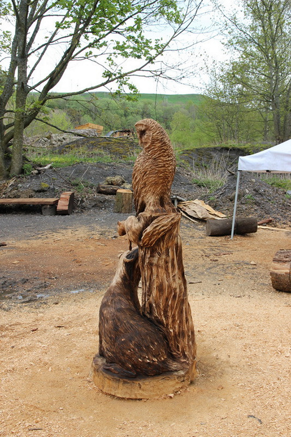 Chainsaw Carving Badger Squirrel