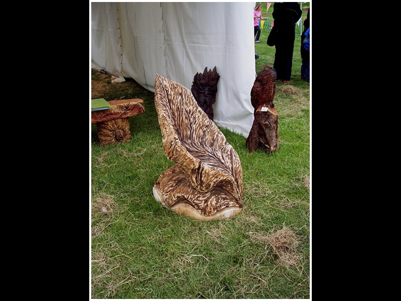 picture of chair carving