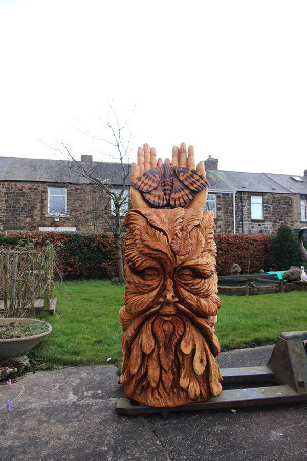 Chainsaw carving greenman knaresborough